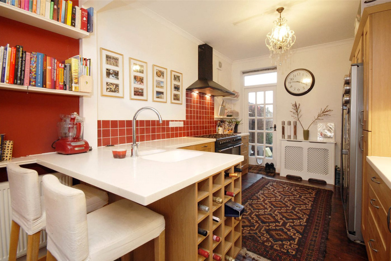 House to rent in Tooting - Totterdown Street, London, SW17