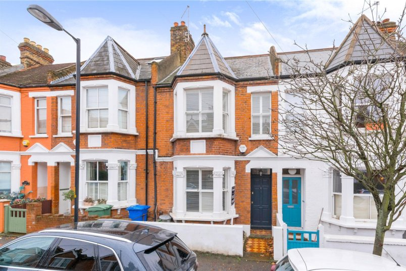 House to rent in Dulwich - Waveney Avenue, Peckham Rye, SE15