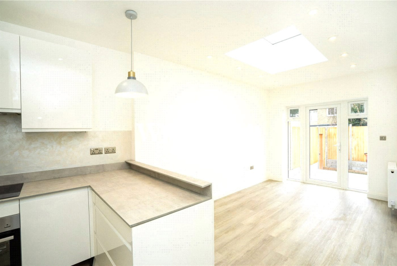 Flat/apartment to rent in  - Temple Grove, London, NW11