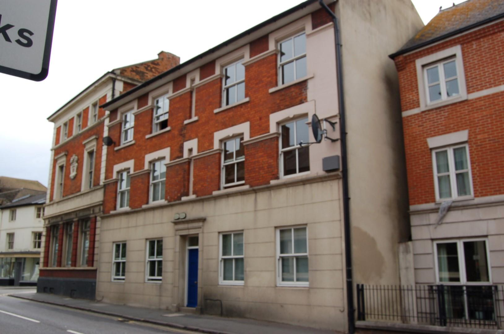Cricklade Street, Old Town, Swindon Image 1