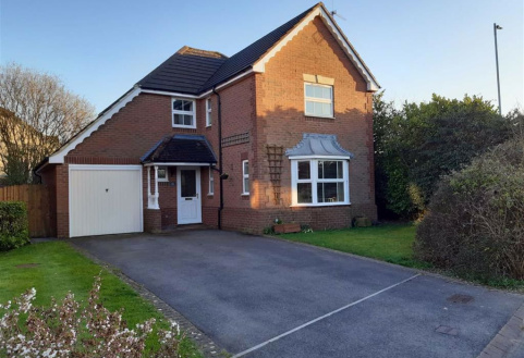Wolverton Close, Chippenham, Wiltshire