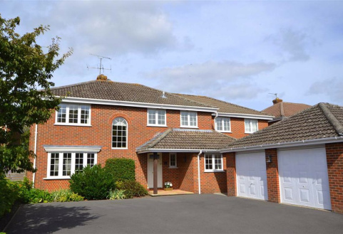 Walden Lodge Close, Devizes, Wiltshire