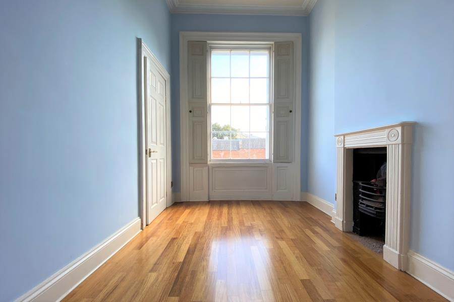 To rent: 2 bedroom apartment, £1500 pcm, Richmond Hill ...