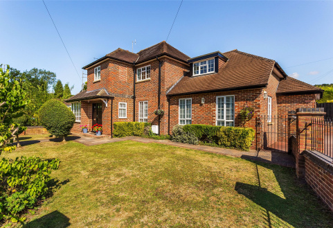 Gordons Way, Oxted, Surrey, RH8