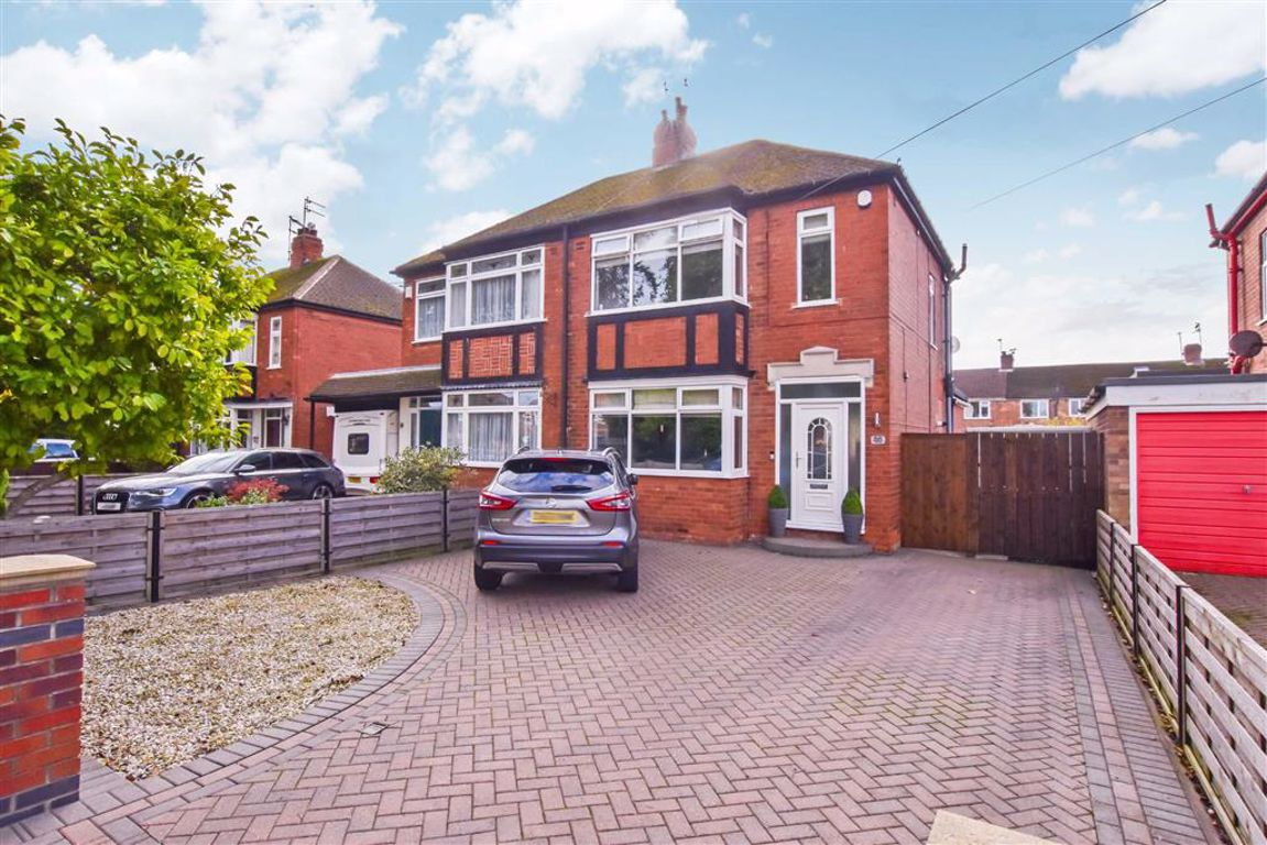 Hull Road, Anlaby, East Riding Of Yorkshire Image 1