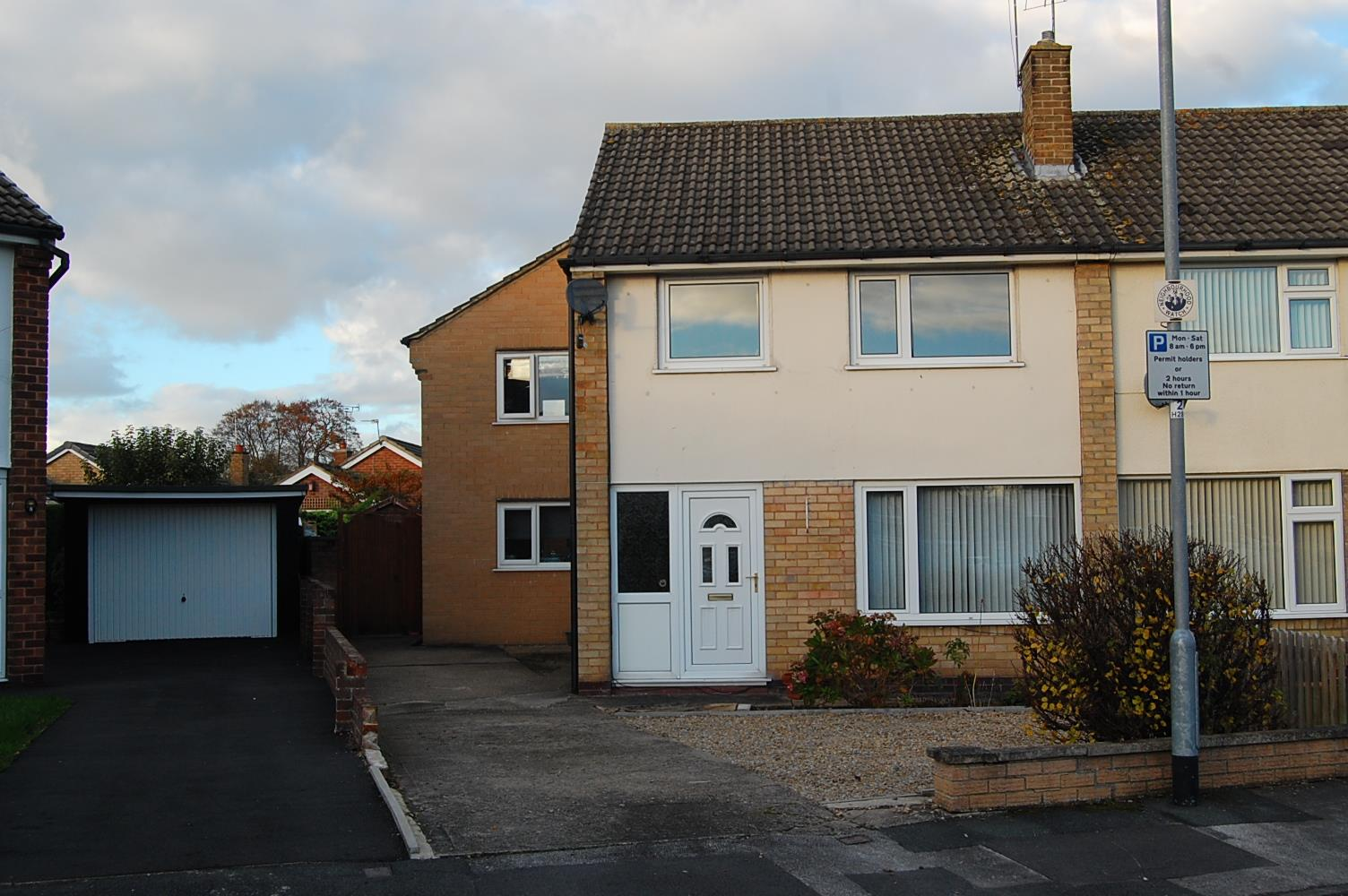 Hayton Drive, Wetherby Image 1