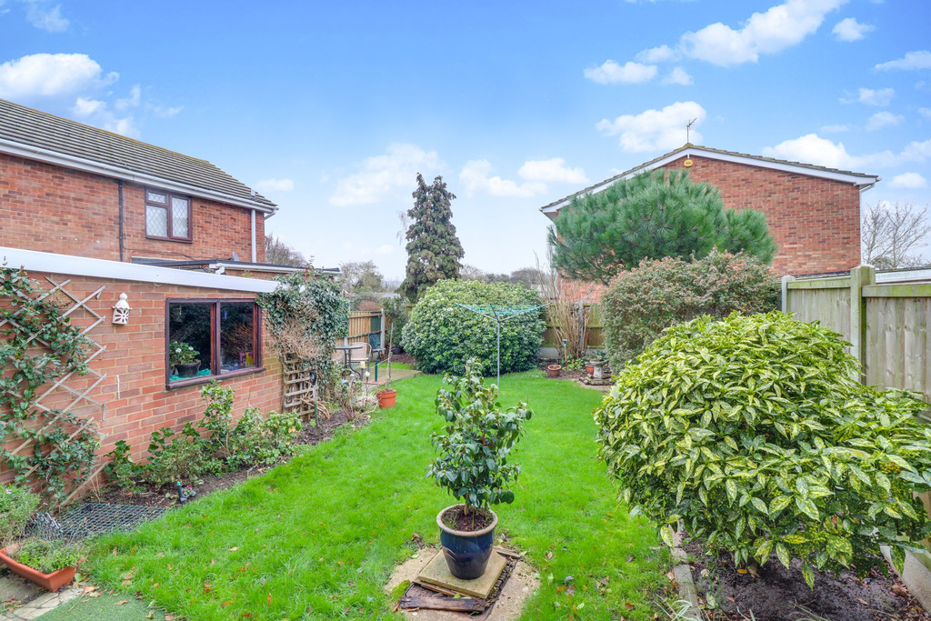 Peregrine Drive, South Benfleet Image 11
