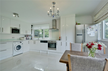 Beechcroft Manor, Weybridge, KT13