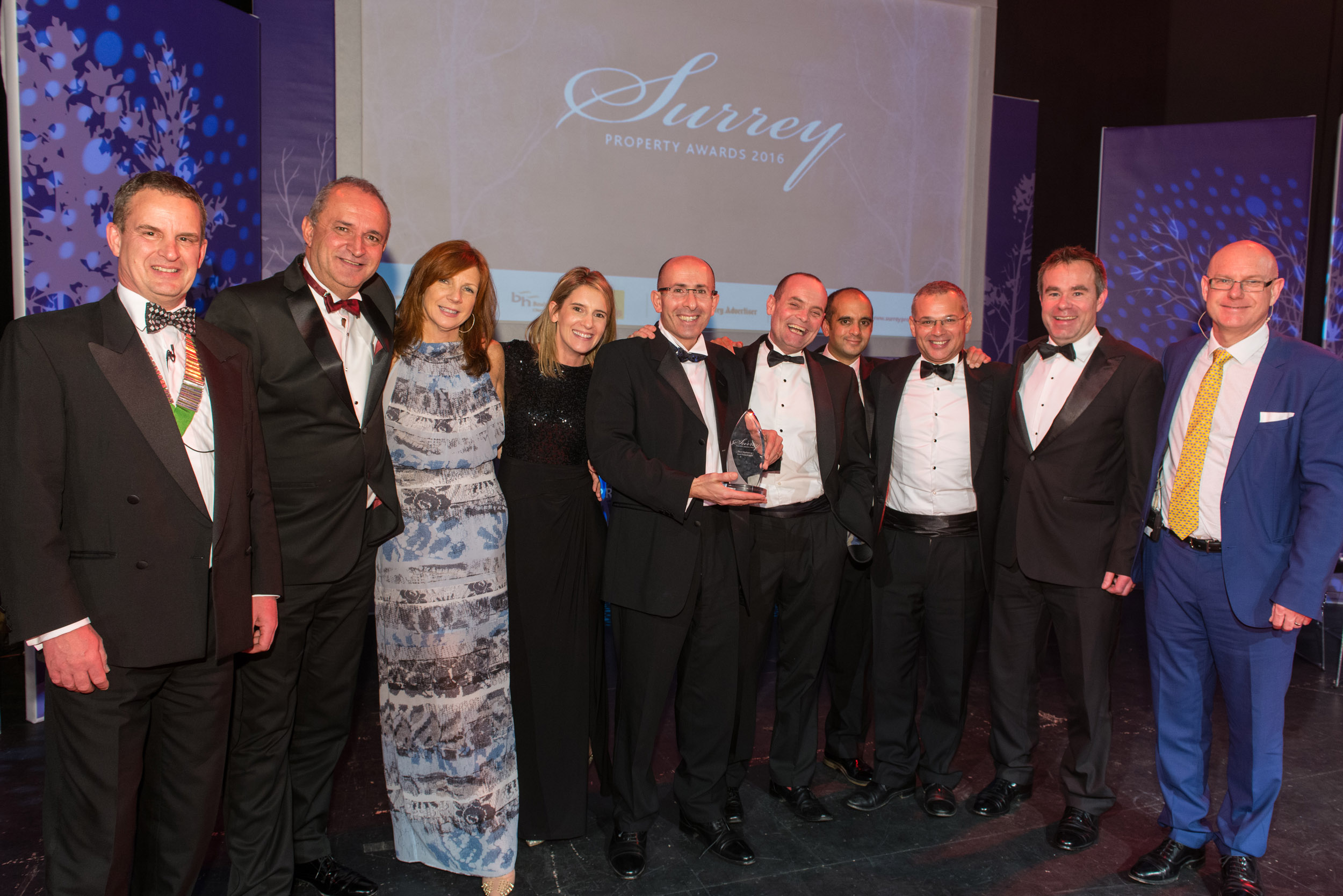 Seymours Estate Agents once again scoops Surrey Property Award for Best Marketing & Presentation